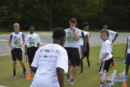 cliff_avril_2013_football_camp_137