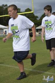 cliff_avril_2013_football_camp_55