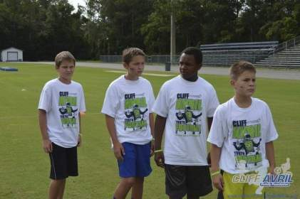 cliff_avril_2013_football_camp_60
