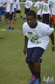 cliff_avril_2013_football_camp_68