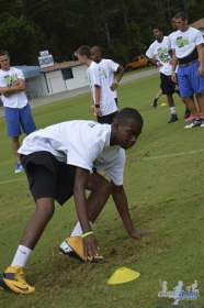 cliff_avril_2013_football_camp_99