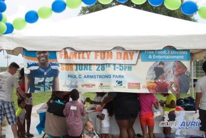 Cliff_Avril_Family_Fun_Day41