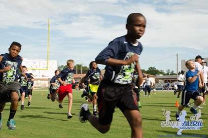 Cliff_Avril_Football_Camp_05