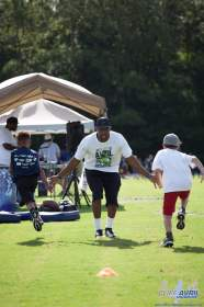 Cliff_Avril_Football_Camp_41