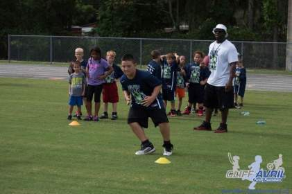 Cliff_Avril_Football_Camp_48