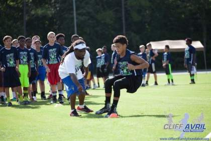 Cliff_Avril_Football_Camp_51