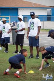 Cliff_Avril_Football_Camp_60