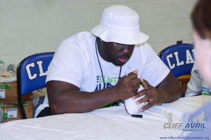 Cliff_Avril_Football_Camp_83