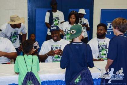 Cliff_Avril_Football_Camp_89