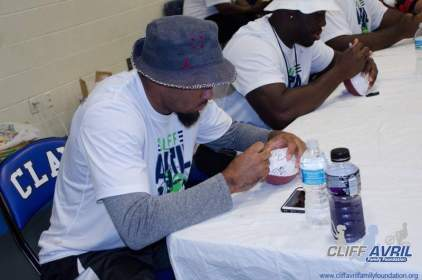 Cliff_Avril_Football_Camp_95