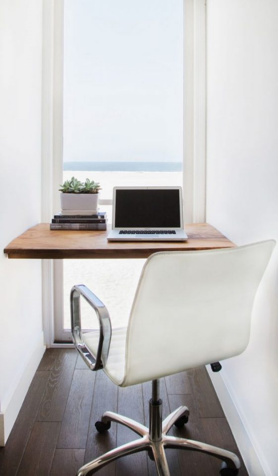 small home office space and tuck idea