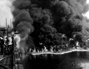 Burning of the Cuyahoga River in 1969