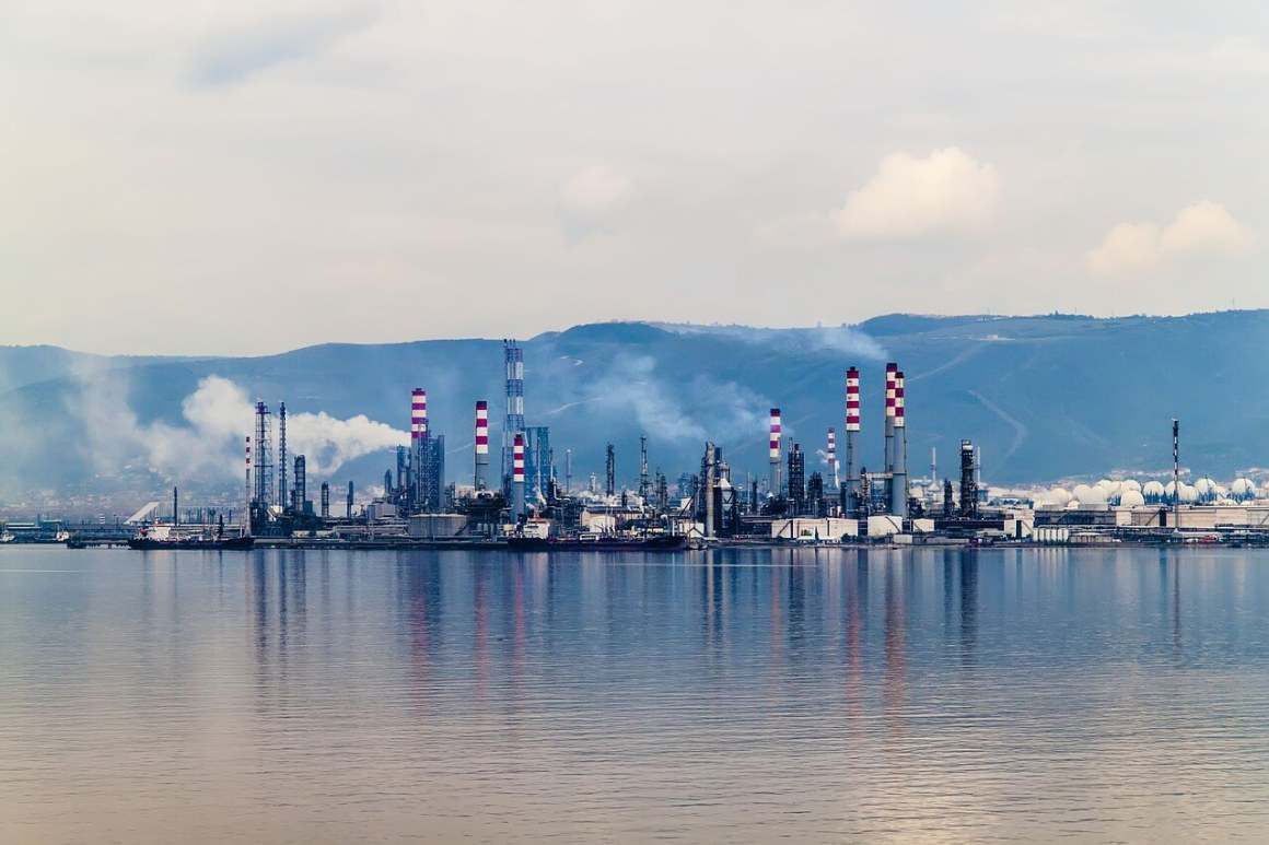 Russia's Economic Growth Model Based on Oil is No Longer Sustainable