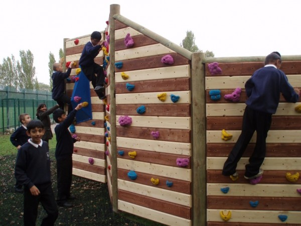 Climbing Wall At Lakeside Primary School Wall Climber