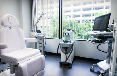 Laser Center - Plastic Surgery, Medspa and Laser Center | Clinique Dallas