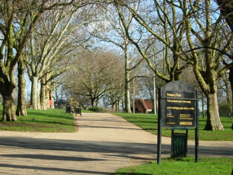 Finsbury Park Barbecue parks in London Clink Hostels