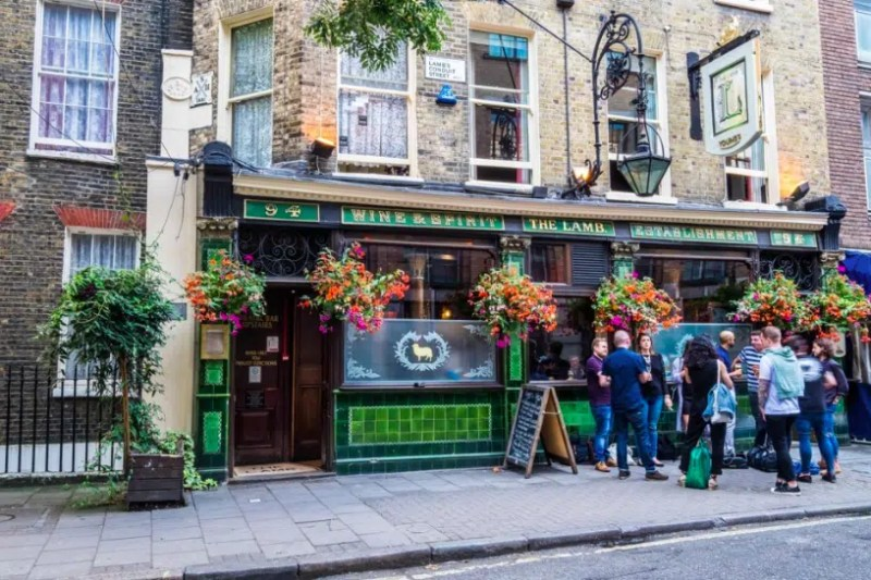 The Lamb St. Patricks Day in London Clink Hostels
