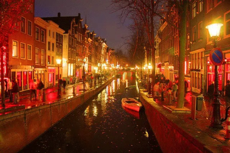 Amsterdam Red Light district The Ultimate guys' weekend in Amsterdam Clink Hostels