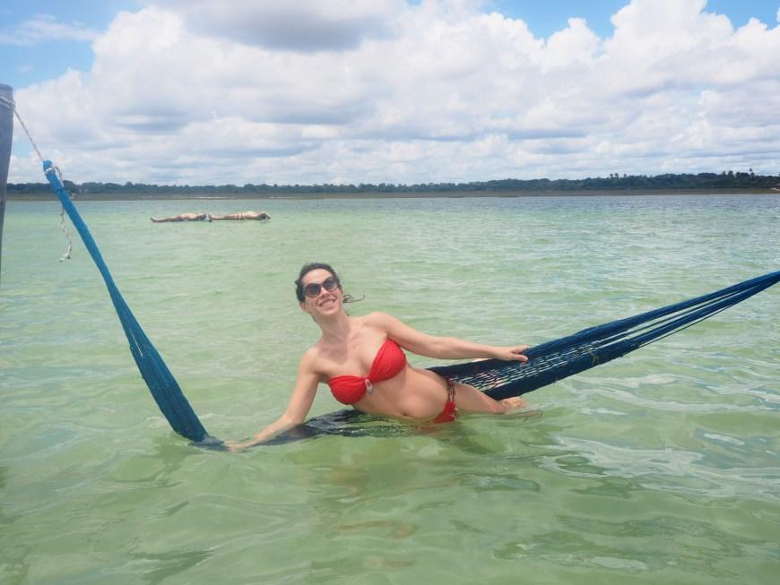 Dans le hamac à la Lagoa Paraisus, Jericoacoara Brésil