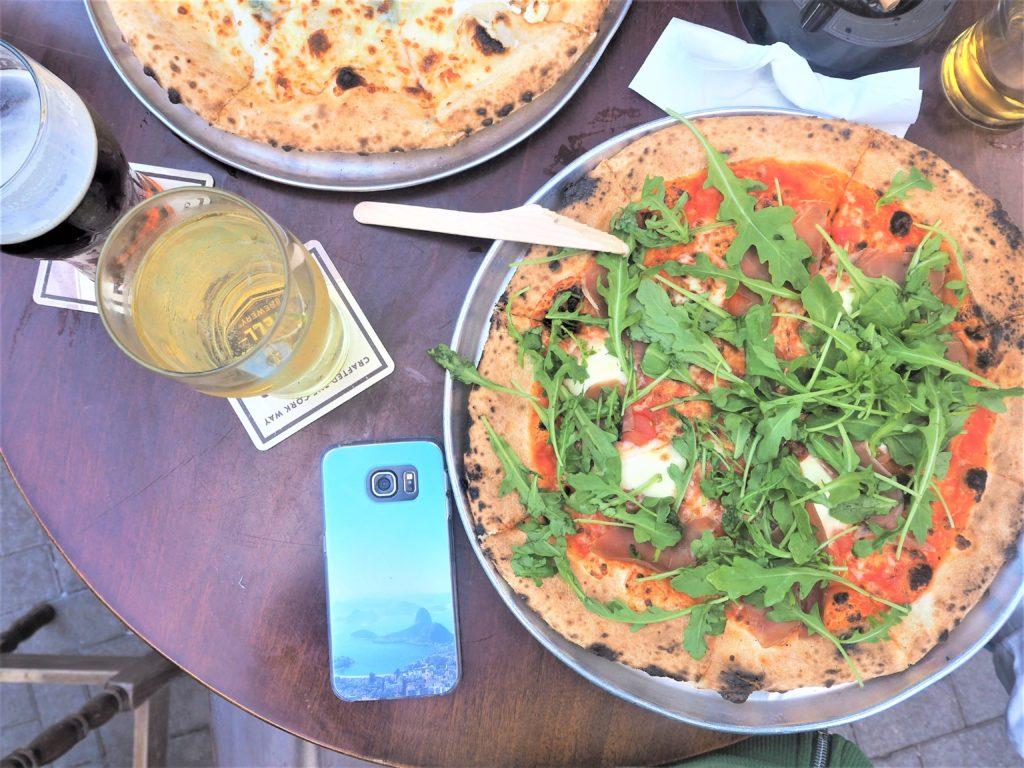 Mes bonnes adresses à Cork. Pizzas au Franciscan Well clioandco
