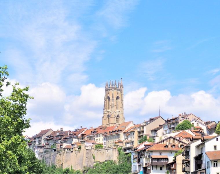 Fribourg suisse visite clioandco blog voyage cathédrale