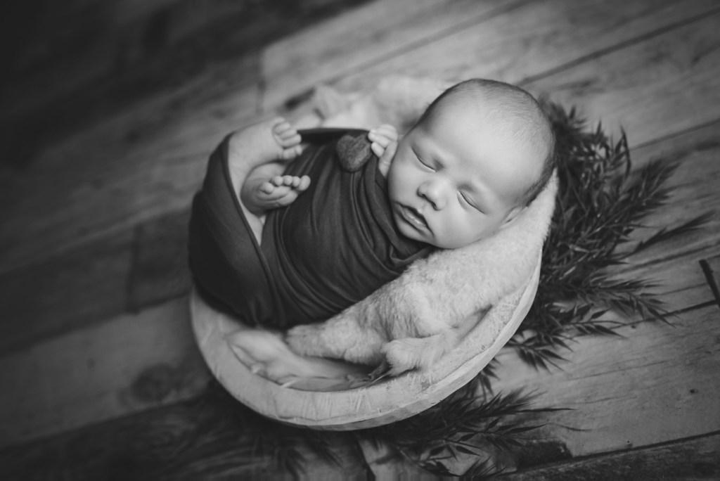 Dallas Newborn FAQs Dallas Newborn Photographer Plano Newborn Photographer CLJ Photography