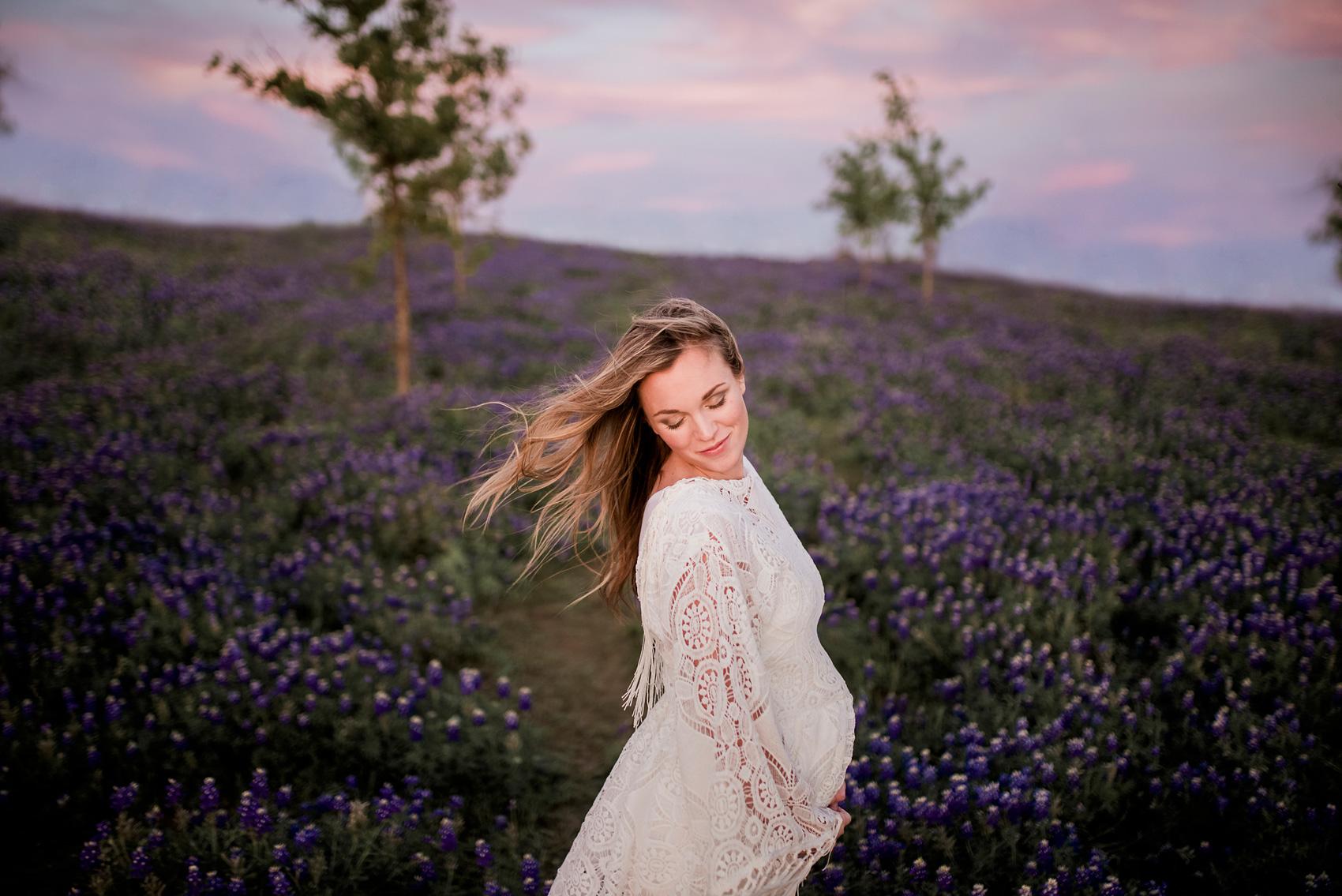Pregnancy Photo Shoot Bluebonnets CLJ Photography Dallas Pregnancy Photo Shoot