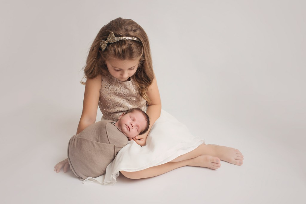 5 Things to Expect from your Newborn Photo Shoot in Dallas.  Dallas Newborn Photographer CLJ Photographer