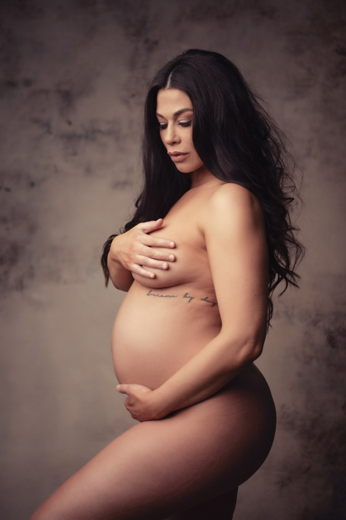 Nude PRegnancy Photo Shoot, Maternity Photographer in Dallas, CLJ Photography