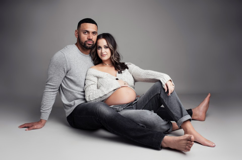 Dallas Cowboys, Jameill Showers, Pregnancy Nude Photo Shoot, The Babymoon Photographer, Dallas Maternity Photographer