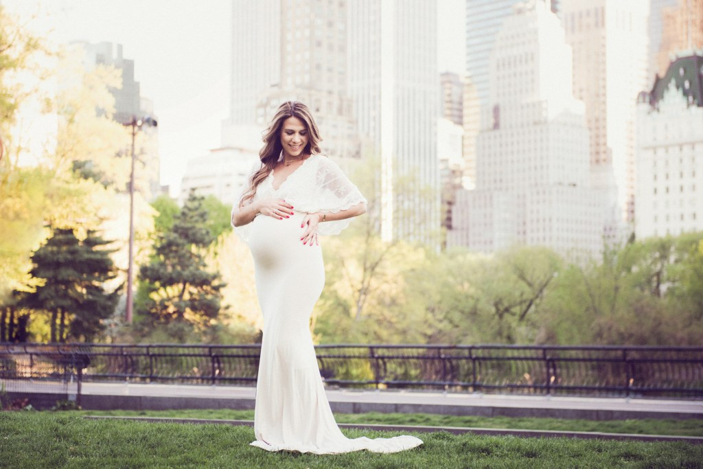 New York City Maternity Shoot, NYC Maternity Photographer, Central Park Pregnancy Photo Shoot, The Babymoon Photographer, CLJ Photography