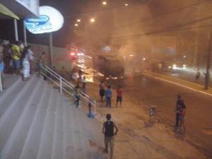 Ônibus incendiado no João Paulo.