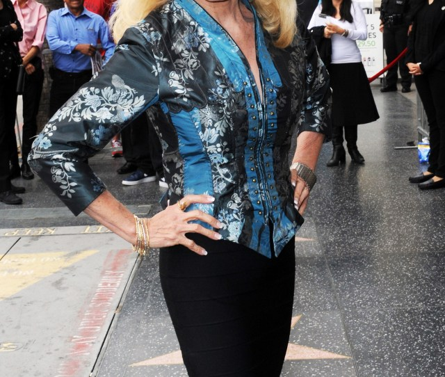 Loni Anderson Its Time To Change The Face Of What Grandmas Look Like Exclusive