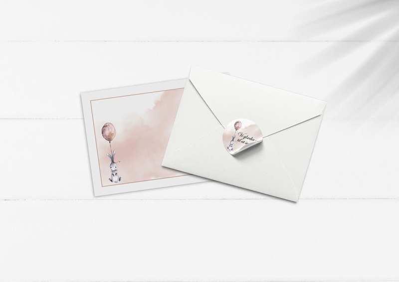 kuvert pakke med stickers kanin og ballon