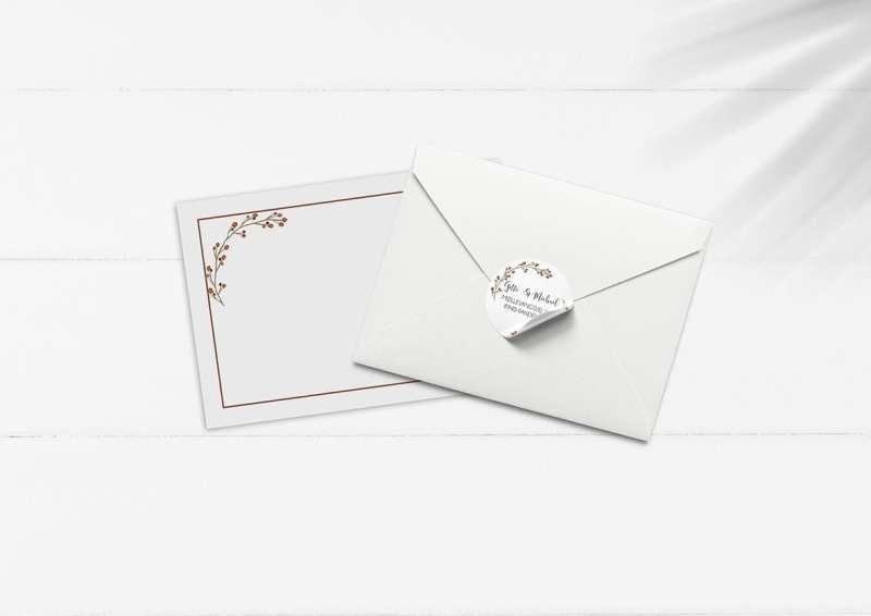 kuvert pakke med stickers røde grene bordeaux