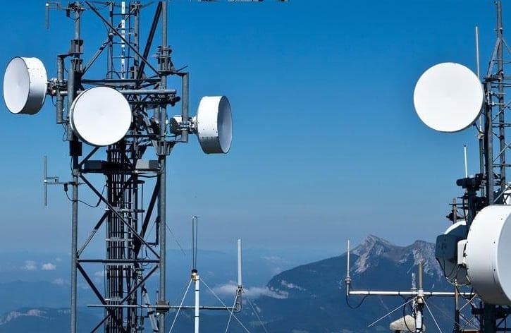 exalt wireless shatters world record
