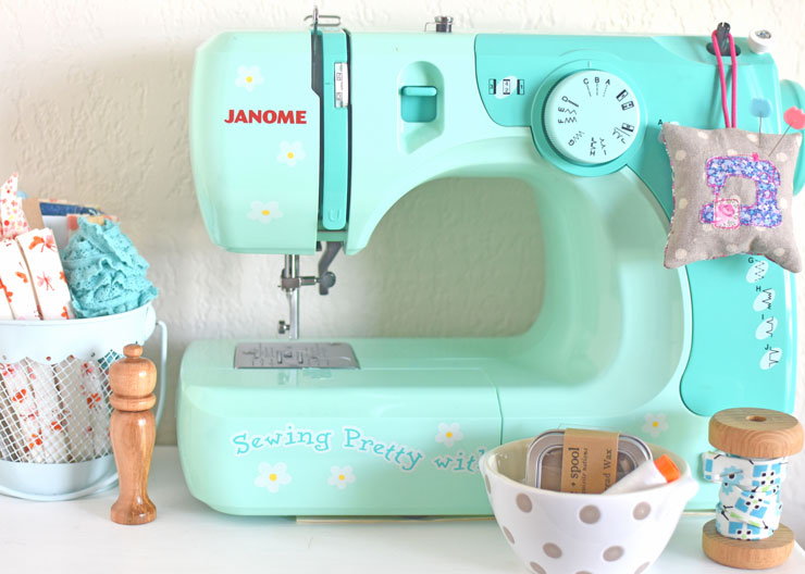 Sewing Machine Pincushion :: Sew Illustrated Blog Tour — Clover & Violet