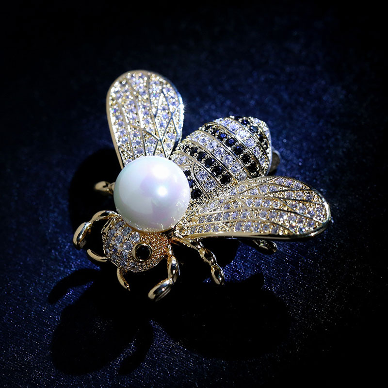Insect Series Brooch Women Delicate Little Bee Brooches CLOVER JEWELLERY