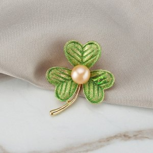 green-y-pink-pearl