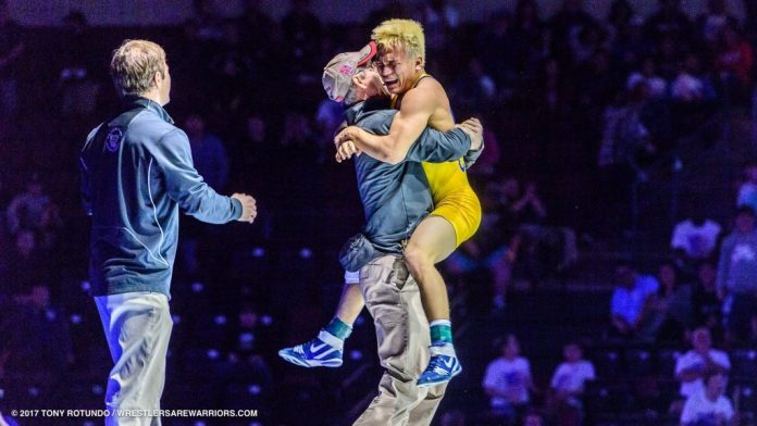 Four-time state wrestling champ Justin Mejia transfers to
