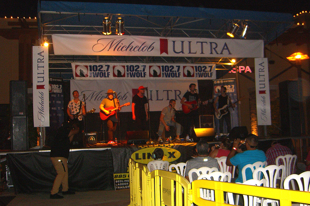 Radio 102 7 The Wolf Presents Free Country Kick Back Concert