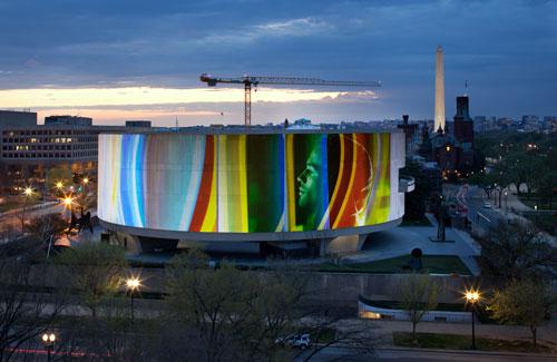 Photo: Doug Aitken, SONG 1, 2012. Photo © Frédéric Charles, fcharles.com.