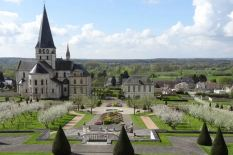 Renaissance du jardin du cloître de l'abbaye Saint-Georges