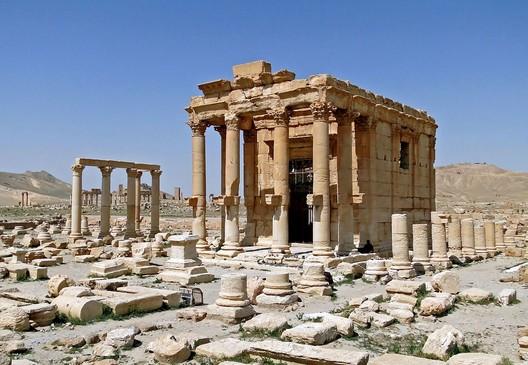 Temple of Baalshamin. Image © Bernard Gagnon via Wikipedia