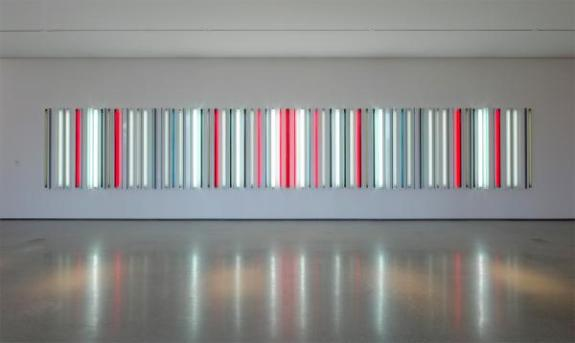Robert Irwin, Miracle Mile , 2013, Los Angeles County Museum of Art, don de Hyundai Motor dans le cadre du Projet Hyundai: Art + Technologie au LACMA, © Robert Irwin / Artistes Rights Society (ARS), New York, photo © 2015 Philipp Scholz Ritterman