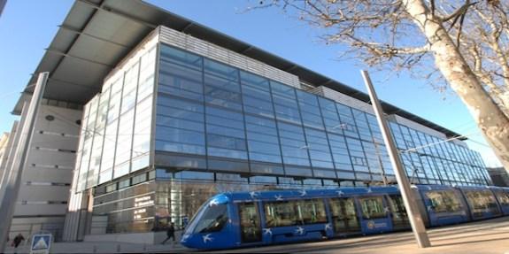 Médiathèque centrale d'Agglomération Emile Zola Montpellier (c) inatheque.fr
