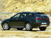 Alfa_Romeo-156_Crosswagon_2