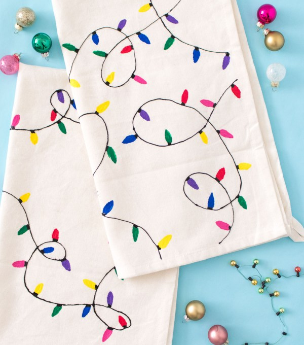 DIY Christmas Light Towels [+ a Video!] | Club Crafted