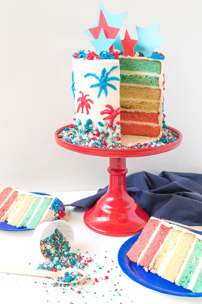 Red, White + Blue Firework Cake for 4th of July! | Club Crafted
