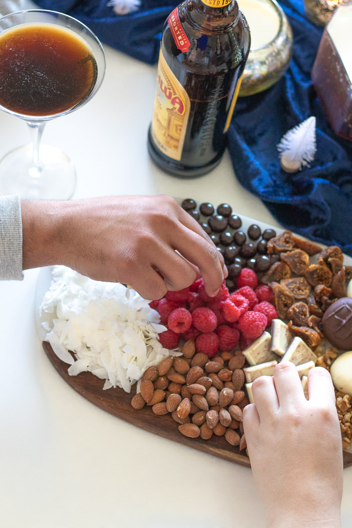 Festive Holiday Party + a Dessert Platter Inspired by Kahlúa | Club Crafted